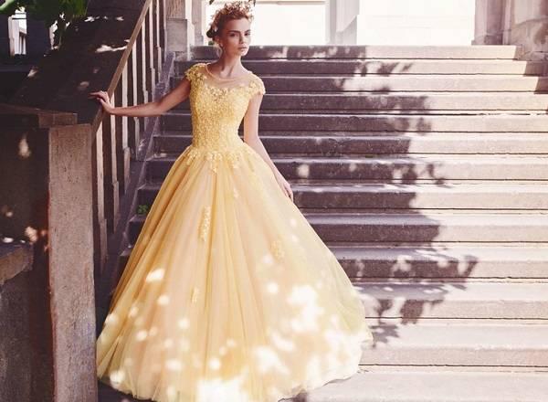 свадебное желтое платье